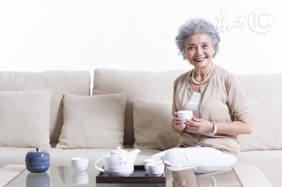 老人最该补充八种营养素
