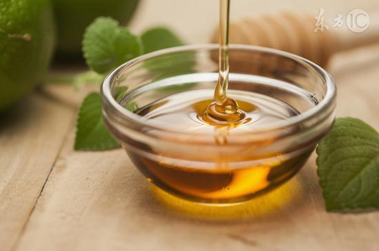 蜂蜜泡一宝,养身大功效,疏通血管、养肝护肝…堪称春季养肝最佳食方!