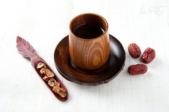 红枣这样泡水喝最养肝|红枣|维生素|养肝