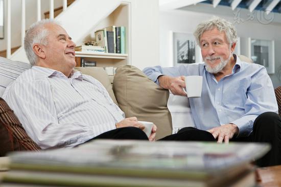 多聊天延缓大脑衰老