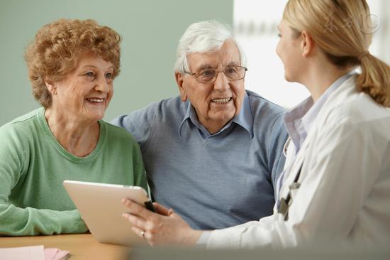 谣言转发大户80%是中老年人 精神空虚是主因