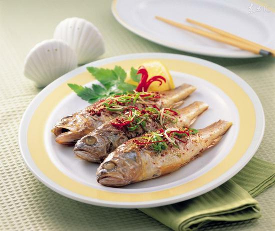 女性吃鱼有特殊好处
