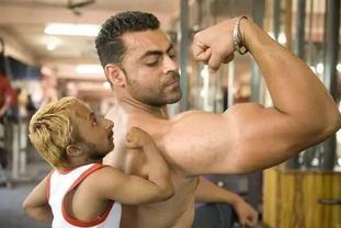 世界最小的健美先生 仅85厘米20斤