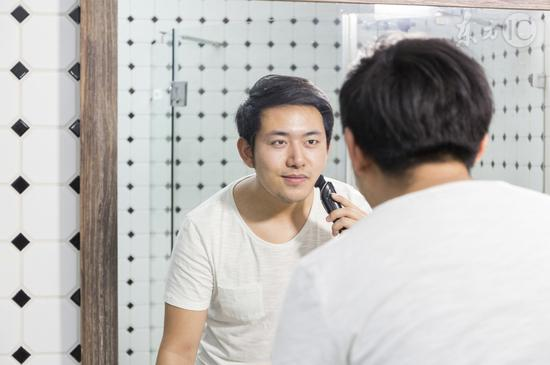 研究发现刮胡子频率影响寿命