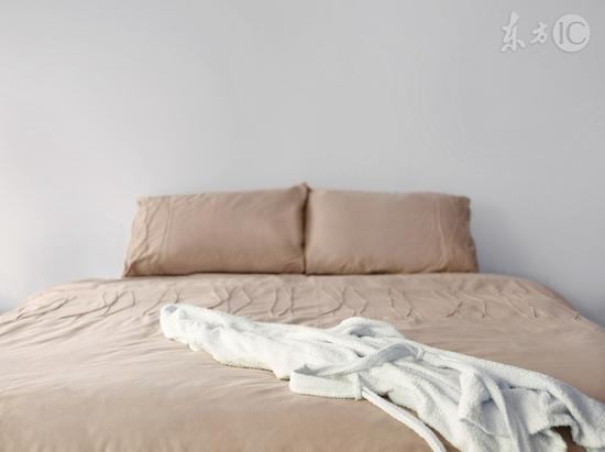 枕头里撒一把它,血管不堵,颈椎不痛,整夜都睡得香!
