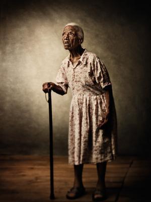 用影像记录衰老的人体