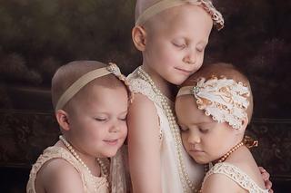这三个孩子与癌症战斗三年越来越健康