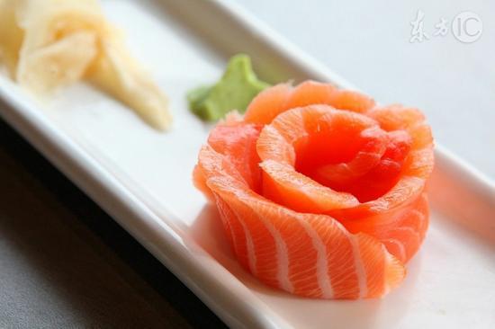 发质不好还<a href='http://health.sina.com.cn/disease/ku/00039/' target='_blank'>脱发</a>常吃8种食物