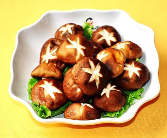 香菇抗癌健脾 但两种人最好少吃|香菇|感冒病毒|免疫力