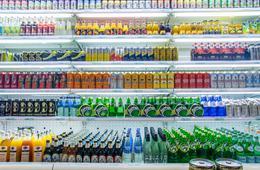 每天饮用2瓶软饮?#26174;?#20129;风险高