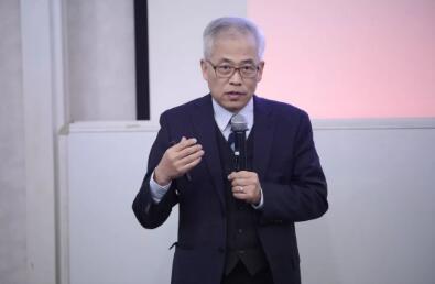 上海市卫计委副主任、上海市中医药发展办公室主任 张怀琼