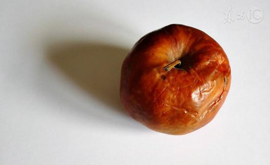 水果烂了一块还能吃吗