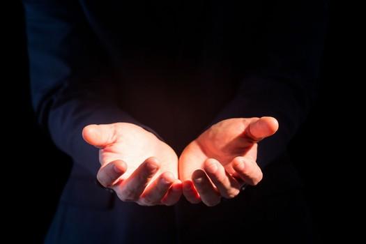 手抖或是四种疾病征兆 手抖 疾病 帕金森病