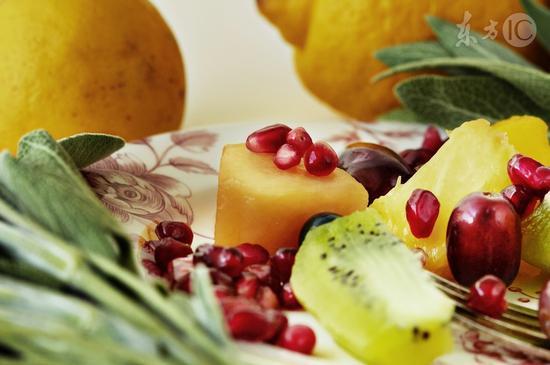 胃病患者不能吃3样水果