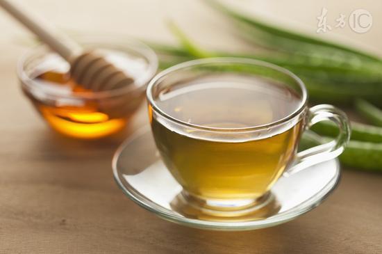 冬天总咳嗽,喝点蜂蜜水有用吗?
