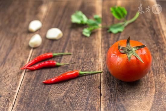 常吃西红柿能养肝