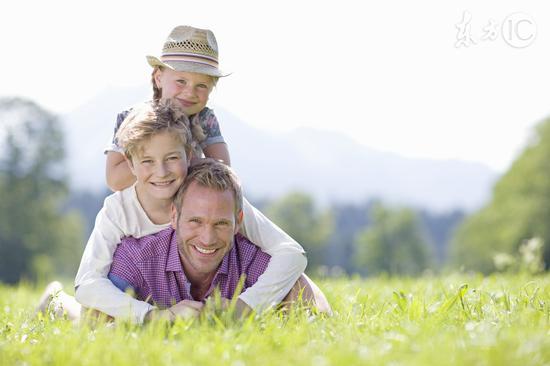 父亲生育年龄会影响后代寿命