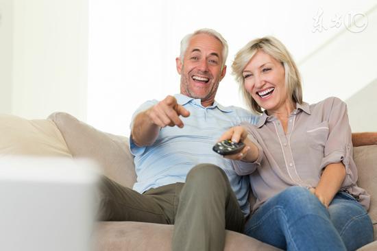 长时间看电视 血栓风险翻倍