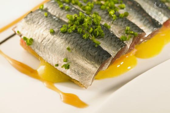 四类人过年要少吃鱼