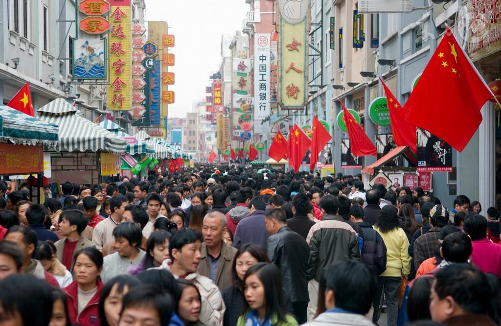 中国人口呈雪崩式减少? 卫计委专家:简直是笑话