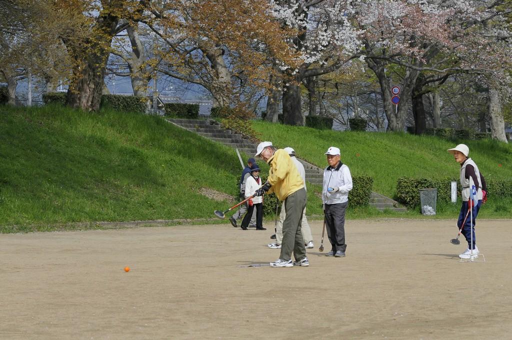 """揭秘日本老人""""孤独死"""":老龄化社会的表征"""
