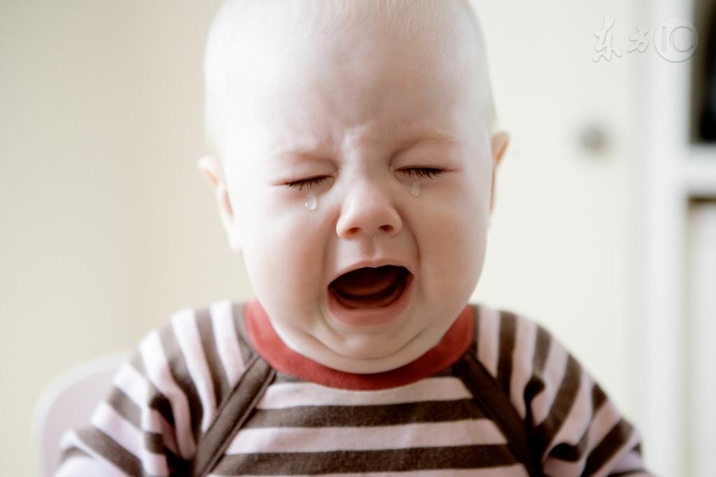 3岁男孩突然哭得撕心裂肺 妈妈脱其裤子一看慌了