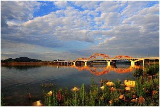 图为迁西县滦水湾水利风景区。