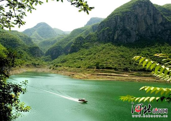 位于邯郸涉县的青塔湖风光秀美。(资料片) 冯晓广摄