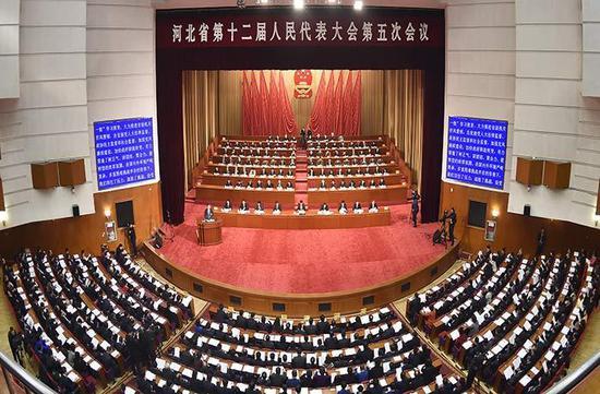 1月8日,河北省第十二届人民代表大会第五次会议在省会河北会堂开幕。图为大会会场。 河北日报记者 赵 威 任光阳摄