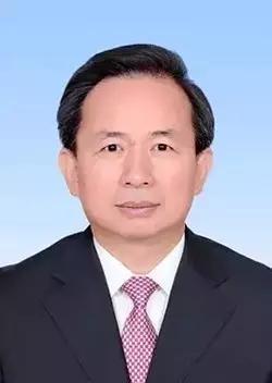 李干杰,男,汉族,1964年11月出生,湖南望城人,1984年加入中国共产党,研究生学历,工学硕士,高级工程师。