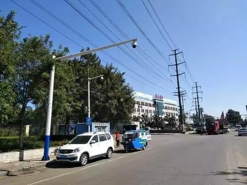 目前,市中心区已安装抓拍此类交通违法的电子警察的部分路段还有: