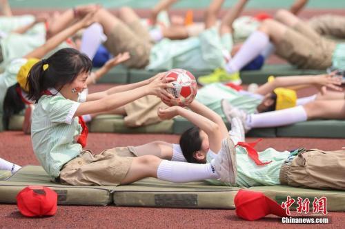 资料图中新社记者 泱波 摄