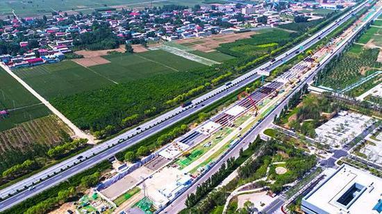 截洪渠一期工程施工鸟瞰图。