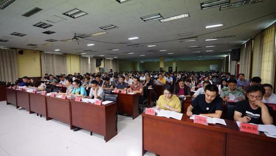 容城县宣讲培训会现场。栗翘楚摄