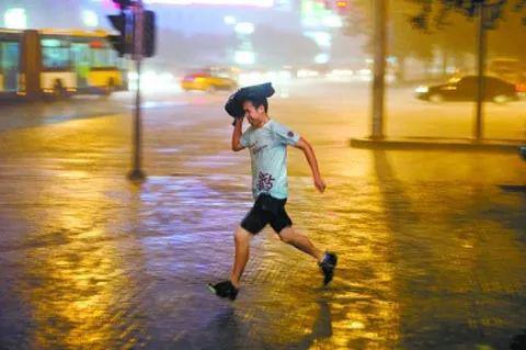 主要降水时段在21日夜,石家庄西部山区有中到大雨