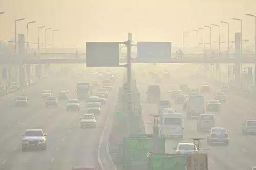 中南部地区以中至重度污染为主