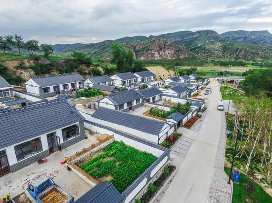 围场县三义号村民居屋顶改造
