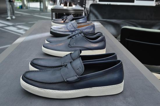 TOD'S鞋履