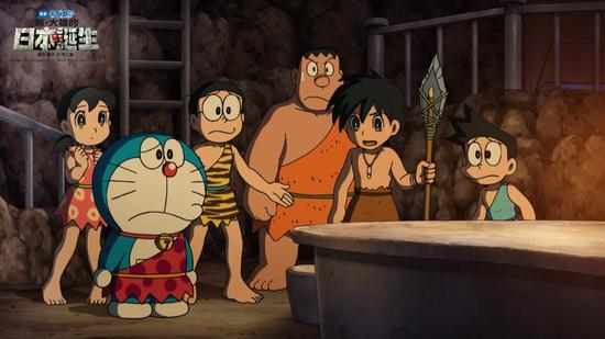 哆啦A梦、大雄、静香、小夫、胖虎听原始人讲他的经历
