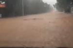 石家庄井陉大雨倾盆 苍岩山部分道路中断