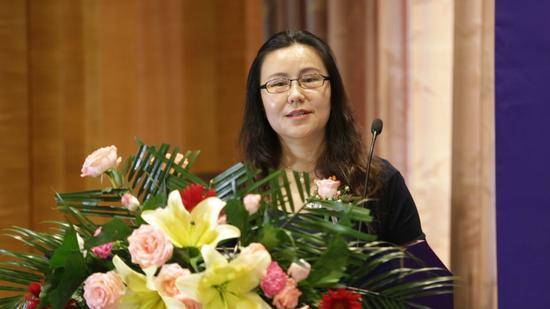 中国整形美容协会副秘书长朱美如致辞
