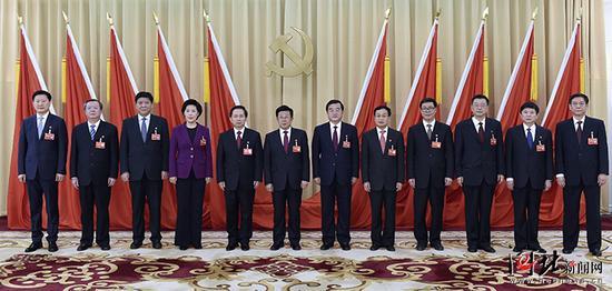 新一届省委常委