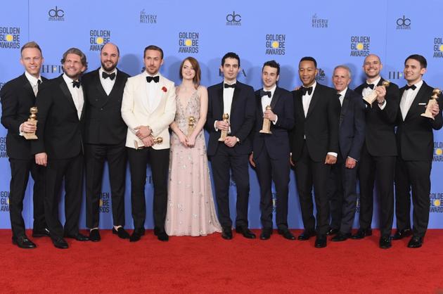 第74届金球奖颁奖典礼新闻发布室《爱乐之城》演员及工作人员合照
