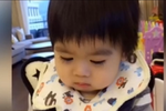 林志颖儿子第一次吃面条 吸食样子萌翻了