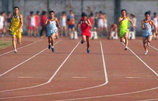 高考体育考什么_高考体育四项