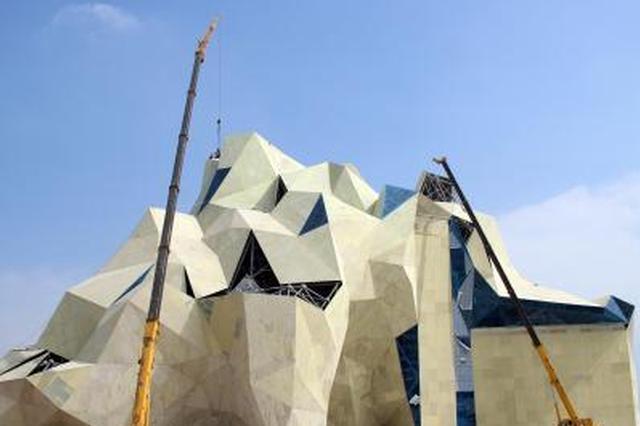 保定高碑店建世界最高体积最大人工攀岩设施(图)