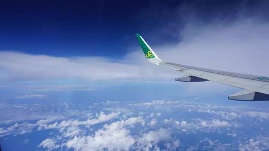 届时石家庄至乌鲁木齐航班达每周27班,石家庄至长春航班达每周42班.