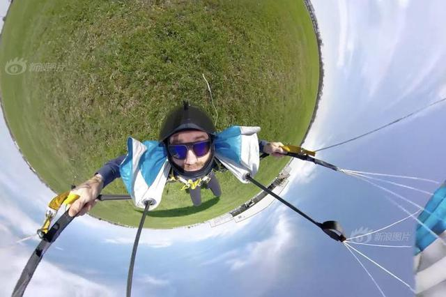 美国小哥360°全景记录跳伞全程 纵身漏斗云超炫酷