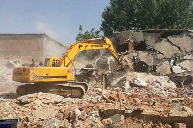 石家庄西京北村等违建被拆除 涉及23宗违法占地