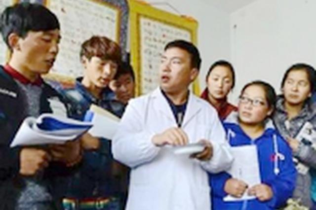 河北12项措施促进职教扶贫 优先推荐贫困生就业